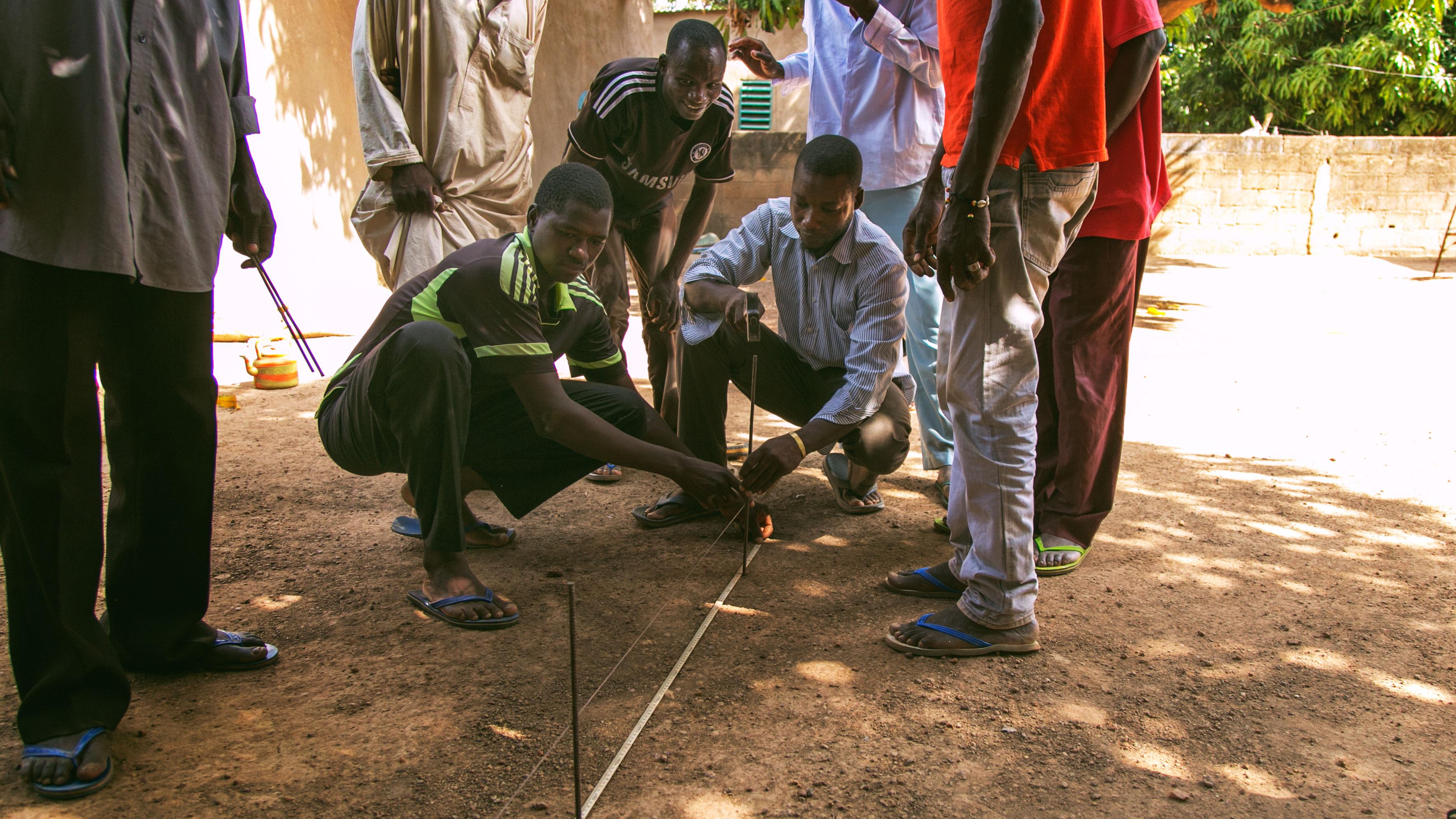 Construction_work_Earth_Roofs_in_the_Sahel_Program.jpg