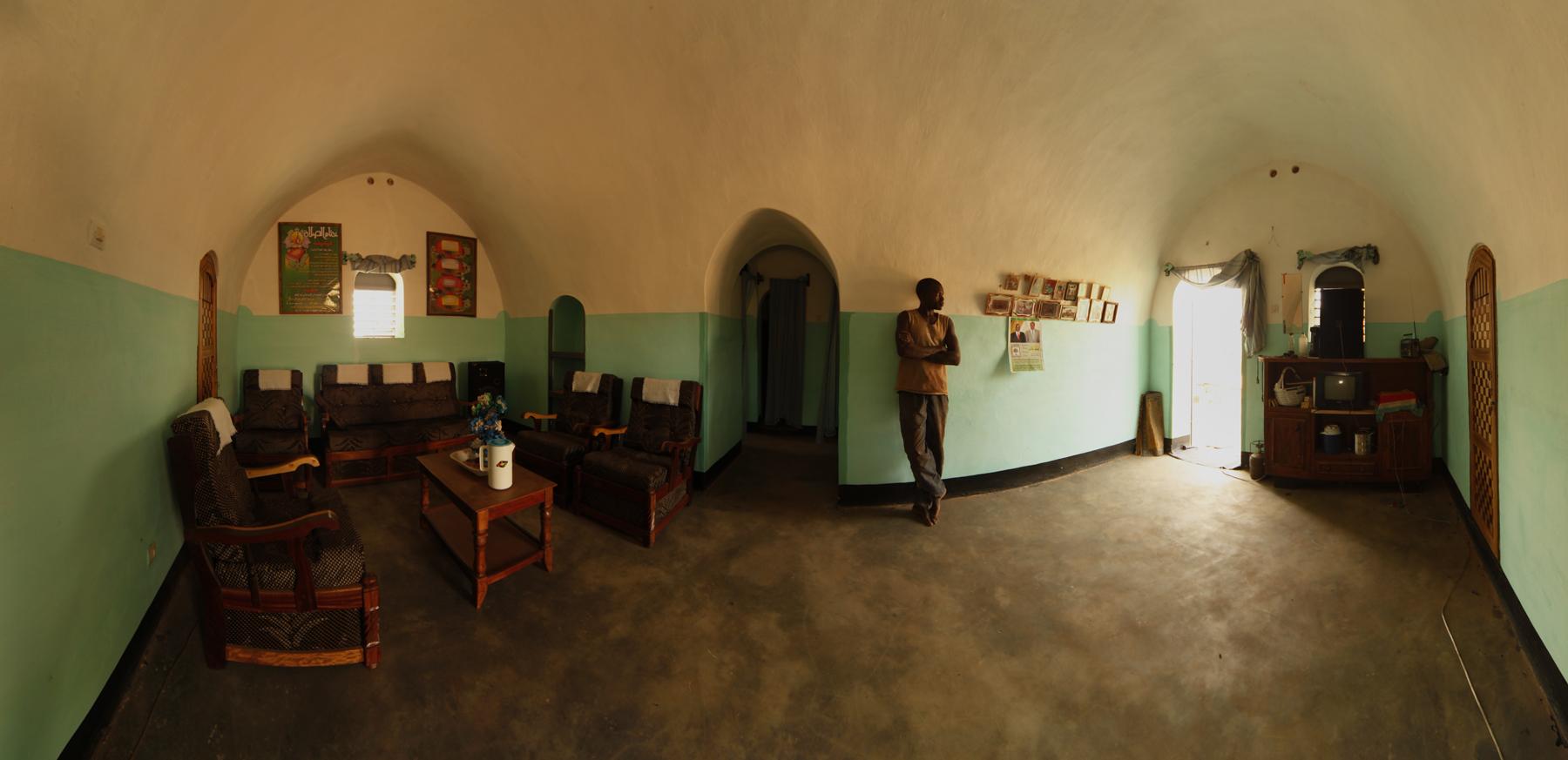 Living_room_-_Earth_Roofs_in_the_Sahel_Program.jpg