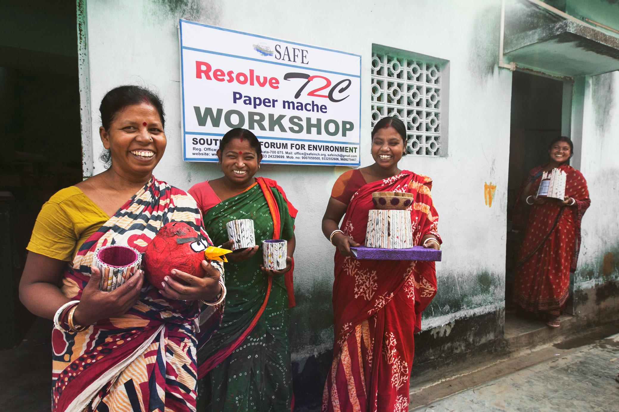 Trash_for_Cash_team_in_Kolkata_2.jpg
